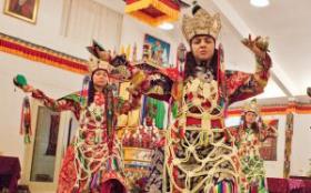 Lama Dancing Practice